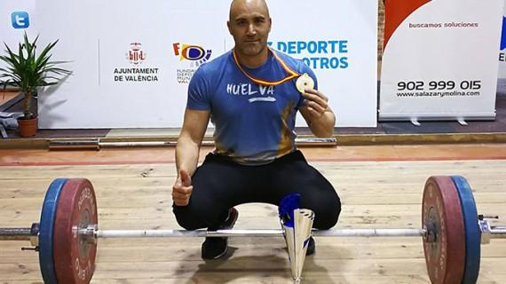 El onubense David Dos Rey se proclama campeón de España Máster de halterofilia