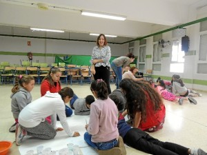 Los niños también han tenido la oportunidad de colaborar en la elaboración de un Decálogo contra la Discriminación Racial.