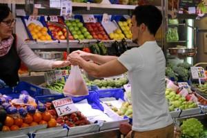 Anima a realizar las compras en los mercados.