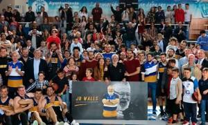 Javier Rodríguez Walls recibió el cariño de su gente en el partido de la pasada jornada en casa.