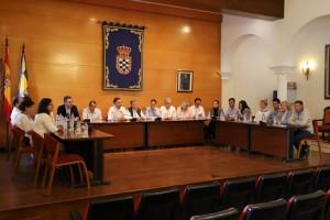 Pleno en el Ayuntamiento de Moguer.