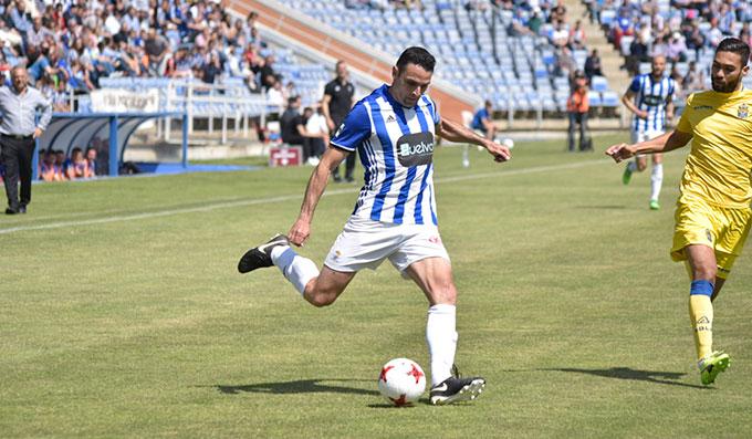 Antonio Núñez fue el autor del gol del Decano. / Foto: Pablo Sayago.