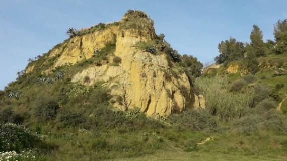 Colectivos ciudadanos piden a Cultura una protección para los Cabezos de Huelva como Zona Patrimonial
