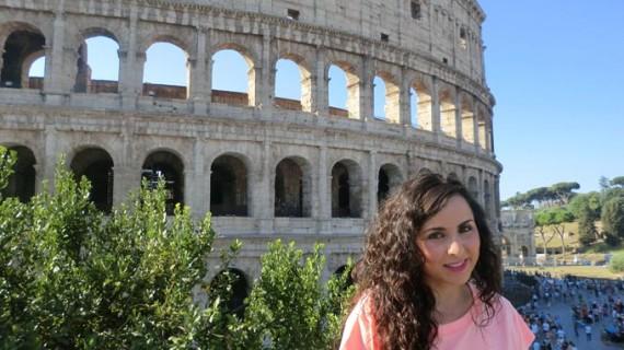 Belén Bautista Márquez cumple sus dos grandes sueños siendo profesora de italiano en el colegio Virgen del Rocío