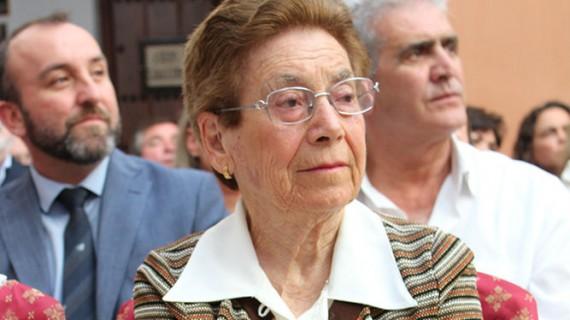 La maestra escacenera Valentina Del Valle Justel recibe un homenaje por toda una vida dedicada a la educación