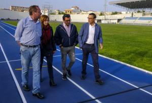 El presidente de la Diputación ha visitado el Estadio tras la renovación de las calles.
