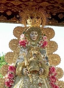 La Romería del Rocío es la única fiesta onubense declarada de Interés Turístico Internacional.