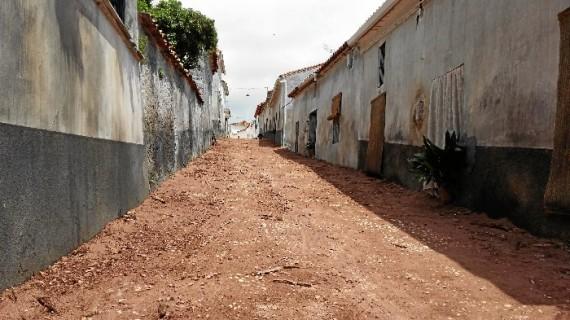 La aldea onubense de Carboneras, escenario de la nueva película de Antonio de la Torre y Belén Cuesta
