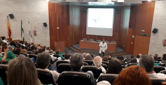 El Hospital Juan Ramón Jiménez presenta a los profesionales el Plan Funcional del futuro Hospital Materno-Infantil
