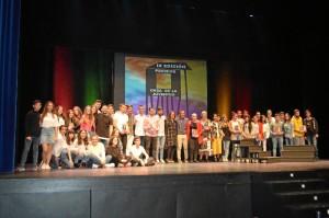 Foto de familia de los Premios 'Cada de la Juventud' de Punta, donde ha sido reconocida la labor de Abraham Iglesias.