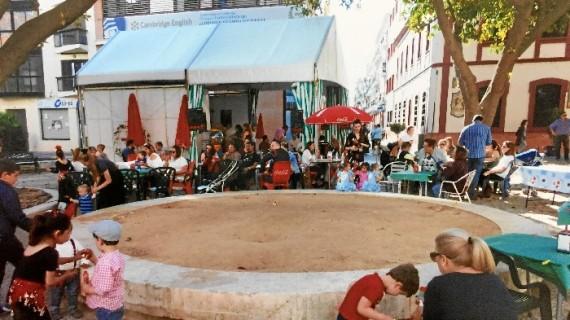 Plaza Isabel La Católica (Plaza Niña)