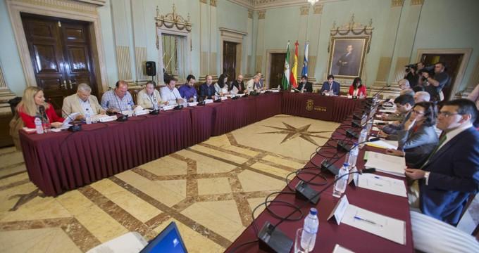 La Mesa de los Fosfoyesos aborda los avances en la investigación del Comité de Expertos