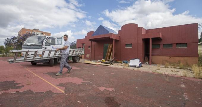 Las pistas deportivas de El Carmen volverán a estar a disposición de la barriada en octubre