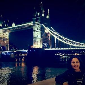 Julia recomienda a todos sus paisanos vivir una experiencia en el extranjero.