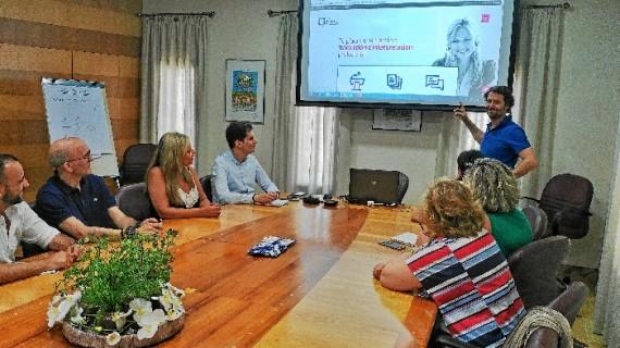 Aguas de Huelva incorpora un servicio de video traducción