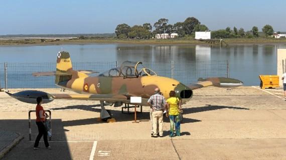 El Muelle de Levante de Huelva acoge la exposición 'Volar, historia de una aventura'