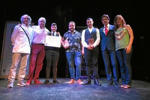 Foto de familia de la entrega de premios.
