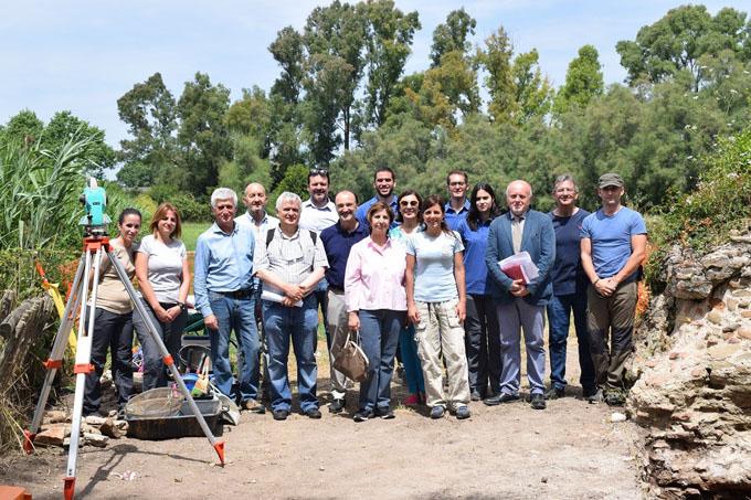 Embajadores de España en Italia visitan las excavaciones arqueológicas de la UHU en Roma