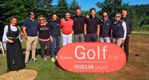 Representantes de los campos de golf de Huelva que han participado en esta acción promocional.
