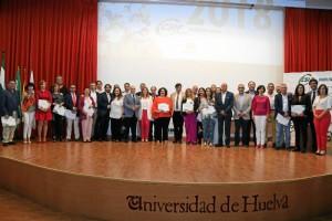 Foto de familia del acto, celebrado en la Facultad de Derecho de la Universidad de Huelva.