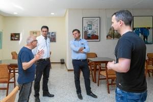 El Premio está organizado por el propio centro educativo, la Asociación Cultural 'Casino de Rociana' y Gregorio Acarapi Padilla, viudo de Pepa Pinto.
