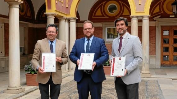 Emtusa, primera empresa pública andaluza en lograr la nueva certificación internacional de seguridad vial