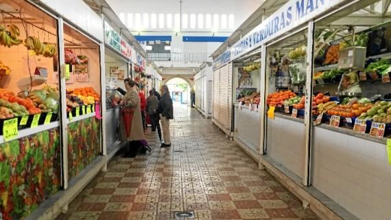 Los detallistas del Mercado de San Sebastián se trasladarán para rehabilitar el edificio