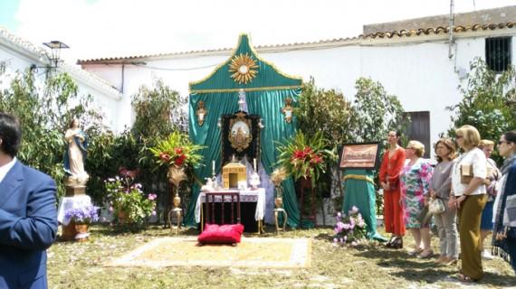 Villarrasa se prepara para celebrar el Corpus Christi