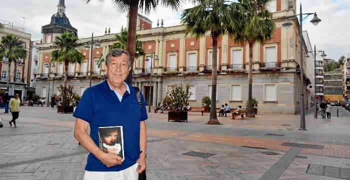 El dramaturgo Javier Ros Pardo presenta su visión ácida de la sociedad de los años 50 en 'Perfidia de España'