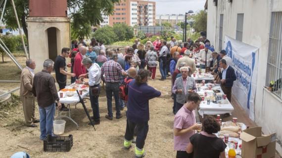 Unos 150 usuarios se dan cita en el Parque Moret en un Encuentro Provincial de Hortelanos