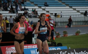 Gran carrera de María Teresa Urbina en los 3000 obstáculos, donde hizo mínima. / Foto: Laura Cebrino.