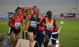 Toni Abadía hizo mínima en los 5.000 metros, prueba en la que fue cuarto. / Foto: Laura Cebrino.