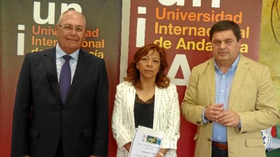 Un trabajo sobre dependencia, de Nelly Julia Castro, gana el VI Premio de Estudios Onubenses 'La Rábida'