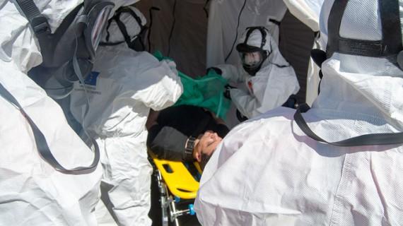 El Hospital Juan Ramón Jiménez realiza un simulacro de atención a víctimas de una catástrofe tecnológica