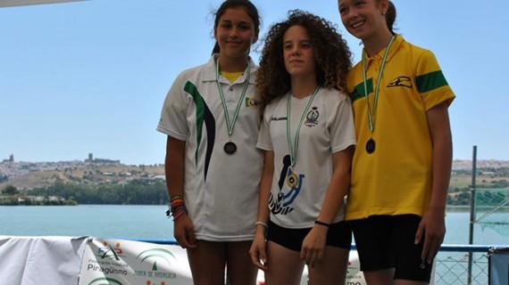 Seis medallas para el Real Club Marítimo de Huelva en el Campeonato de Andalucía de Media Maratón de Piragüismo