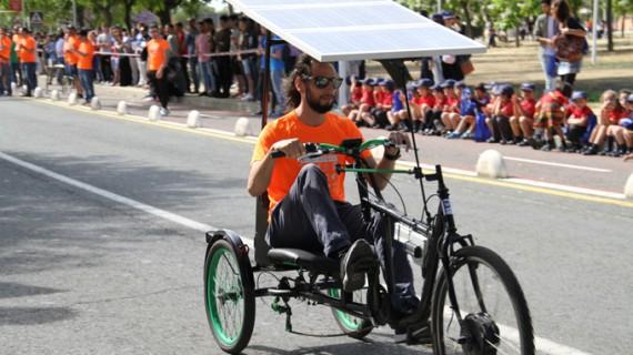 13 equipos protagonizan la III Carrera de Vehículos Solares Eléctricos en la UHU