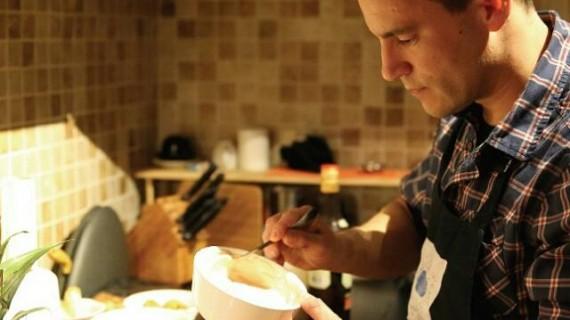 De Nueva York a Cádiz, junto a Berasategui o Adrià, la brillante trayectoria del chef onubense Diego Borrero