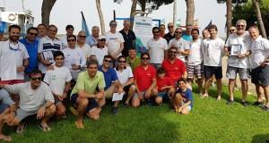 Foto de familia de los participantes en la prueba náutica celebrada en Punta Umbría.