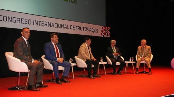 Las tendencias de los nuevos mercados y consumidores centran la primera jornada técnica del IV Congreso Internacional de Frutos Rojos
