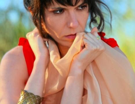 María José Fernández habla de vicisitudes, sueños, emociones y vida en su debut literario 'Retales de mi alma'