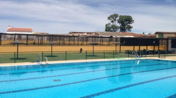 Puebla de Guzmán inicia nueva campaña de natación con la apertura esta temporada de la piscina municipal