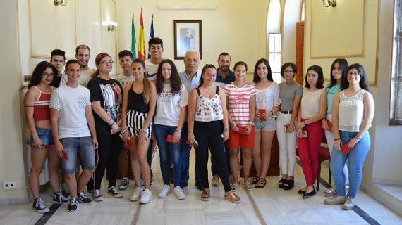San Juan del Puerto premia a los mejores expedientes de ESO, Bachiller y TECO