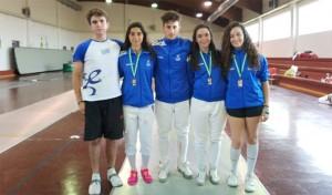 Representantes del Club Esgrima Huelva en la prueba celebrada en Granada.