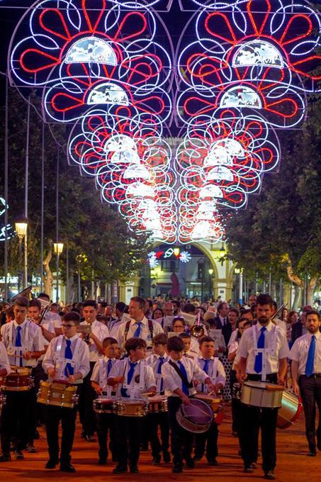 Almonte vive de lleno su tradicional Feria de San Pedro