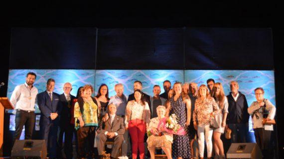 Juan Sosa recibe el homenaje al Marinero de Mayor Edad con motivo de las Fiestas del Carmen en Punta Umbría