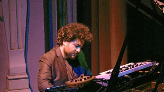 Ciclo de Jam Flamenca en El Mosquito Club de Punta Umbría con el pianista Juan Pérez