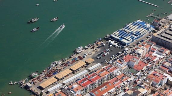 Licitan la construcción de una nueva línea de atraque flotante en el puerto de Punta Umbría