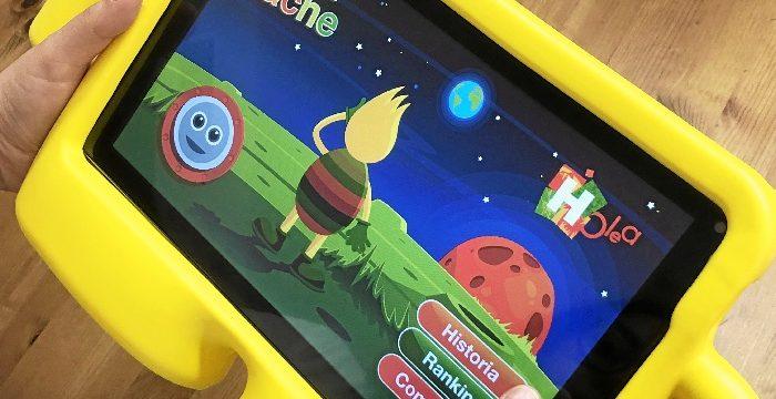 Holea lanza una app infantil con su mascota Superhache como protagonista