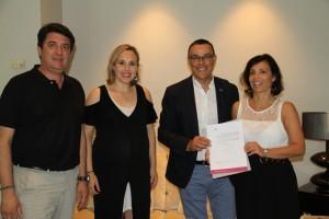 Reunión de los arquitectos con el presidente de la Diputación.
