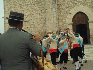 Una representación de la tradicional 'Danza de las Espadas'.